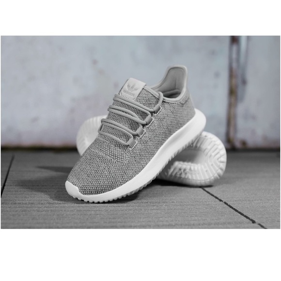 96519336e918 Adidas Tubular Shadow grey granite and white